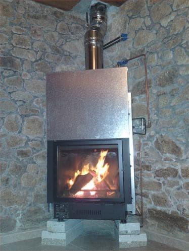 Instalaci n de chimeneas en pontevedra chimeneas hidro for Instalacion de chimeneas